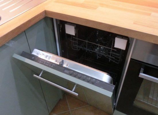 IKEA Konyha összeszerelés - Beépített mosogató gép
