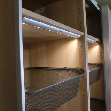 IKEA pax gardrób összeszerelés vilagitassal